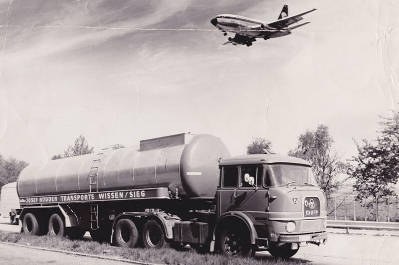Bitumen transports